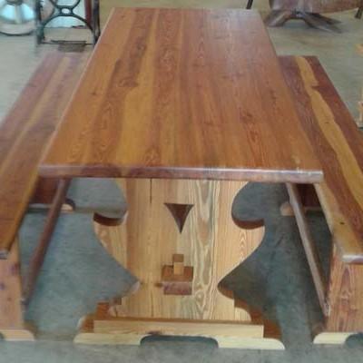 material-derribo-mesa-mobila-bancos-5