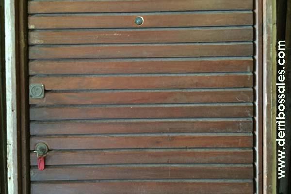 Puerta de calle machiembrada 205 x 94 derribos sales for Puertas de calle de madera