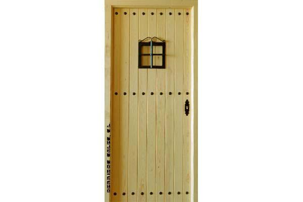 puerta de 4,5 cm. de grosor, bisagras anti-palanca. Maciza de madera. Nueva