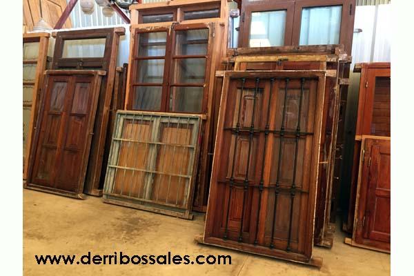 Ventanas de madera derribos sales - Puertas rusticas de exterior segunda mano ...