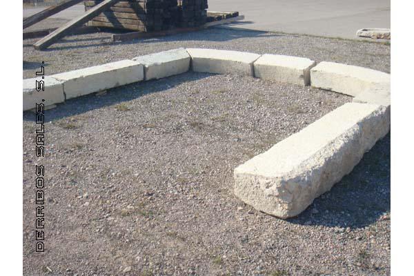 arcada de piedra natural, recuperado.
