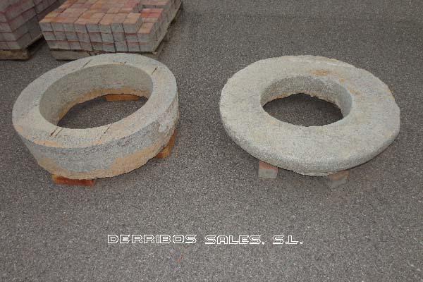 antiguedades-brocal-pozo-pequeno-5