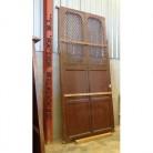 alacenas y puertas antiguas