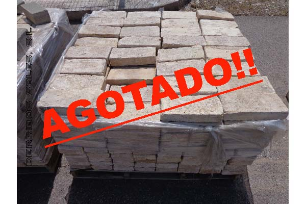 material-derribo-ladrillo-barro-tocho copia
