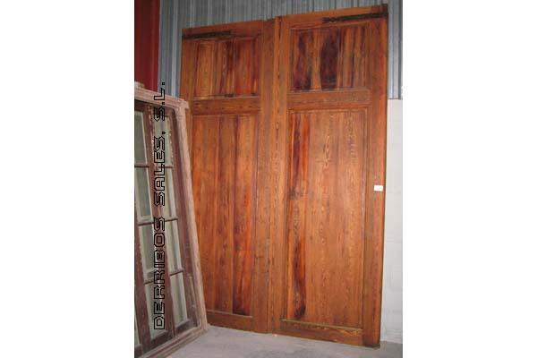 Puertas de mobila derribos sales for Puertas de madera exterior de segunda mano