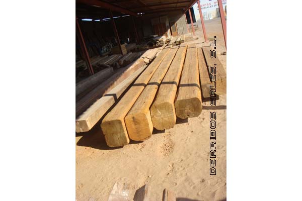 material-derribo-vigas-madera-cabirones-3