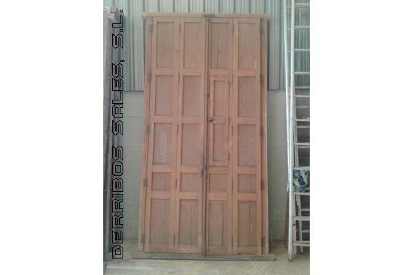 puertas balconeras de madera, antiguas
