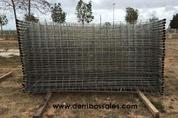Vallas de obra, de segunda mano, de 1,85 x 3,50 m. Las vallas de obra son ideales para cercados, para puertas,..
