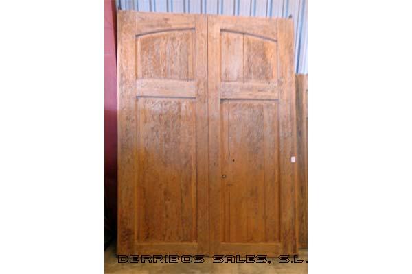 Portones de madera derribos sales for Muebles de derribo