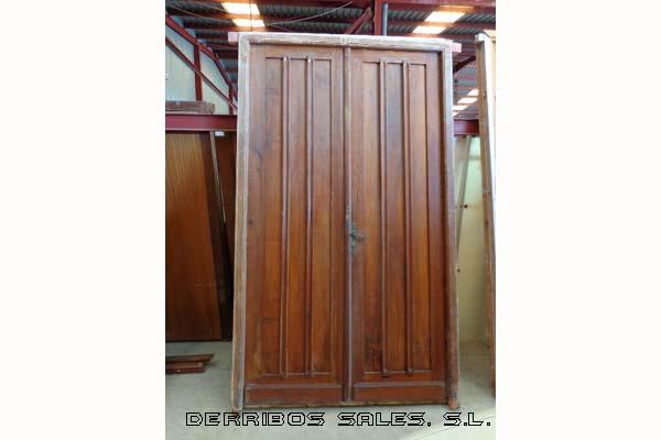 Puertas de madera derribos sales for Puertas antiguas de derribo