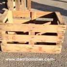 Cajones de madera utilizados para la recogida y el transporte de fruta y verdura. Estos cajones de madera son recuperados. Los cajones de madera son ideales para la decoración, escaparatismo, fabricación de mesas, estanterías, mesitas,..... Sus medidas son: 52 cm. de ancho x 33 cm. de largo x 29 cm.de altura.