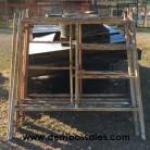 Disponemos de andamios usados completos. Cada andamio consta de 2 laterales + 1 tijera + 1 plancha.