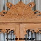 alacena antigua de madera de mobila, con cajón.