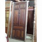 vieja puerta de madera maciza de 252 x 102 cm.