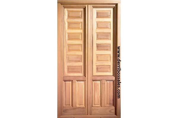 Balconera de madera maciza, con cierre embutido, para cristal tipo climalit, mayor grosor, junta de neopreno térmico para mayor estanqueidad acústico-térmica. Se realizan por encargo.