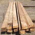 Cabirones de pino. Las medidas aproximadas de los Cabirones de pino son: 3,70-3,80 x 15 x 6,5 cm.