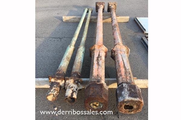 Pilares de hierro fundido. Preciosos pilares de varios estilos y medidas. Consúltenos.