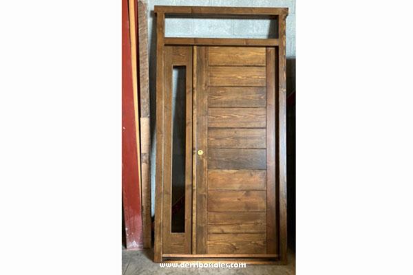 """Puerta de madera maciza. Modelo: """"Tabla Horizontal con fijo"""". Se confecciona por encargo. Consulte precios y plazo."""
